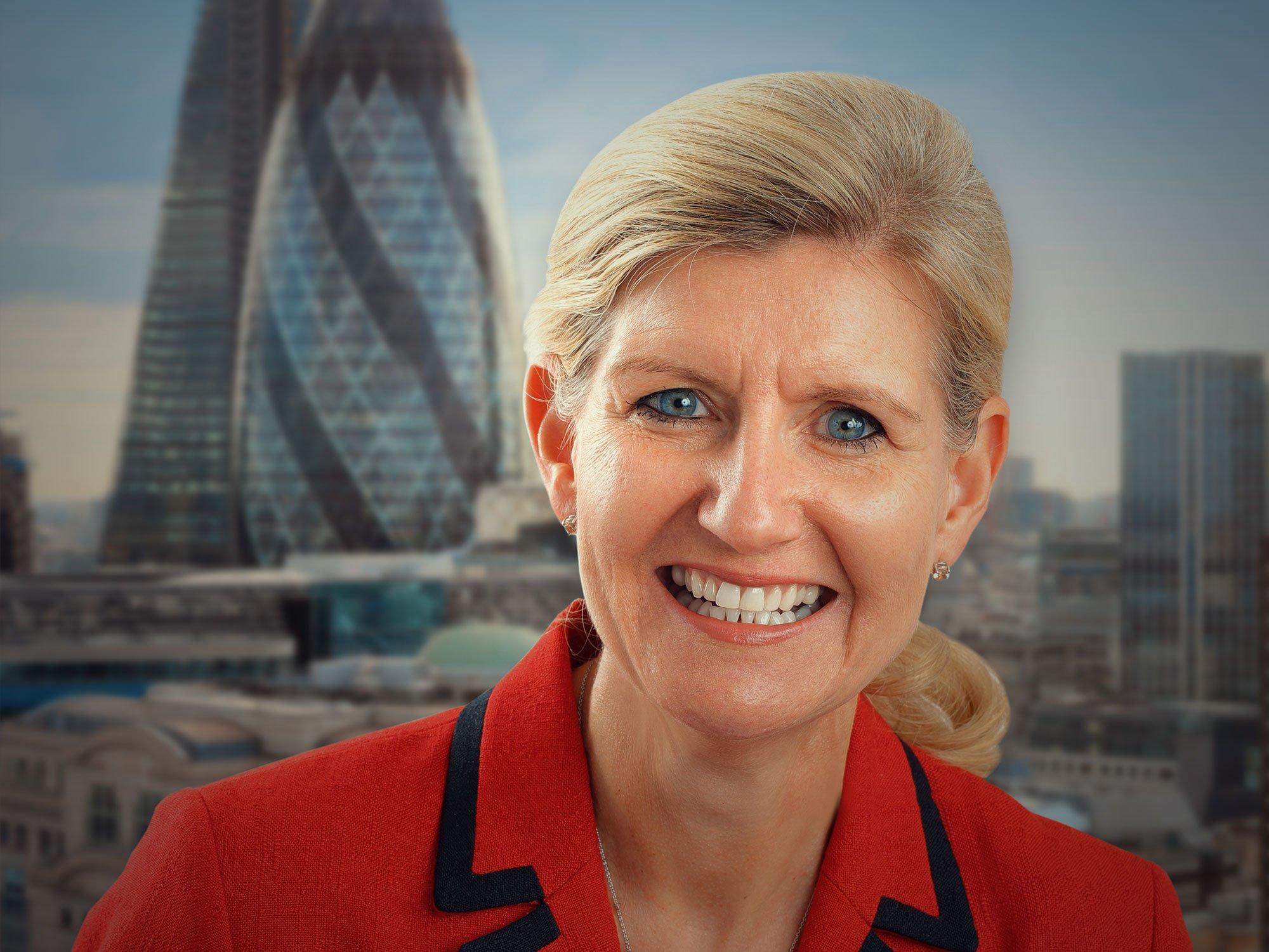 Football: Debbie Hewitt en passe de devenir la première femme présidente de la Fédération anglaise