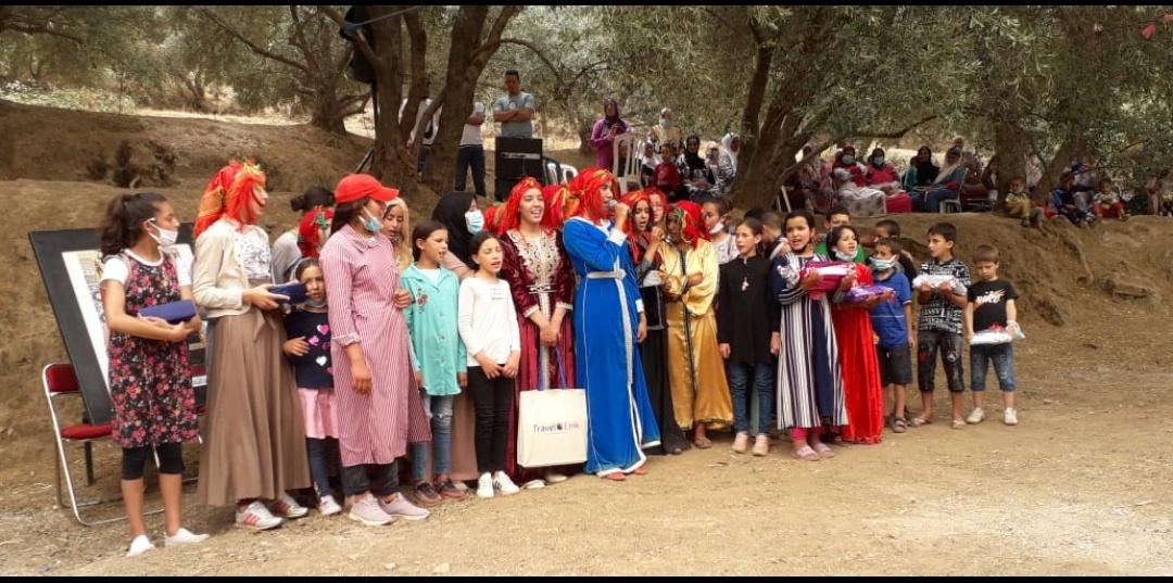 À 40 km de Marrakech, Douar Agounsane Ourika célèbre sa première bachelière.